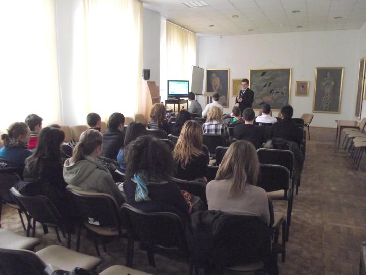 tineri Colegiul Mihai Eminescu, prof. Sorin Ovidiu Ciocan, Angela Furtuna