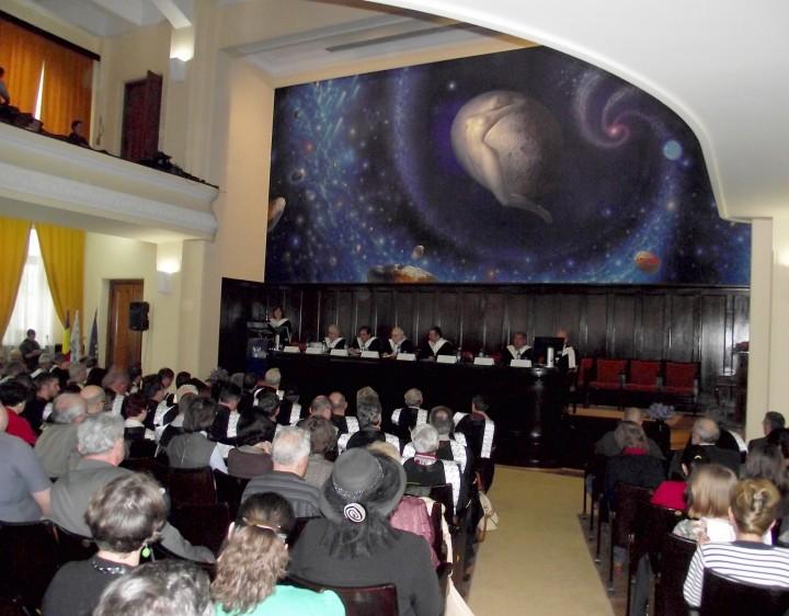 0001 Aula Magna Universitatea Alexandru Ioan Cuza din  Iasi 17 mai 2012 Decernarea titlului de Doctor Honoris Causa domnului Norman Manea