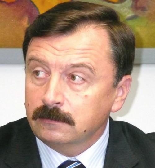 Vasile Ilie - Monstrul politic de la Suceava 1 IN