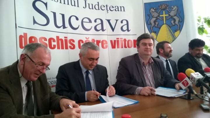 fist 2014 01  Botezul de presa - in prezenta presedintelui CJ Catalin Nechifor, Paul Chiributa Director FIST, Adrian Titieni
